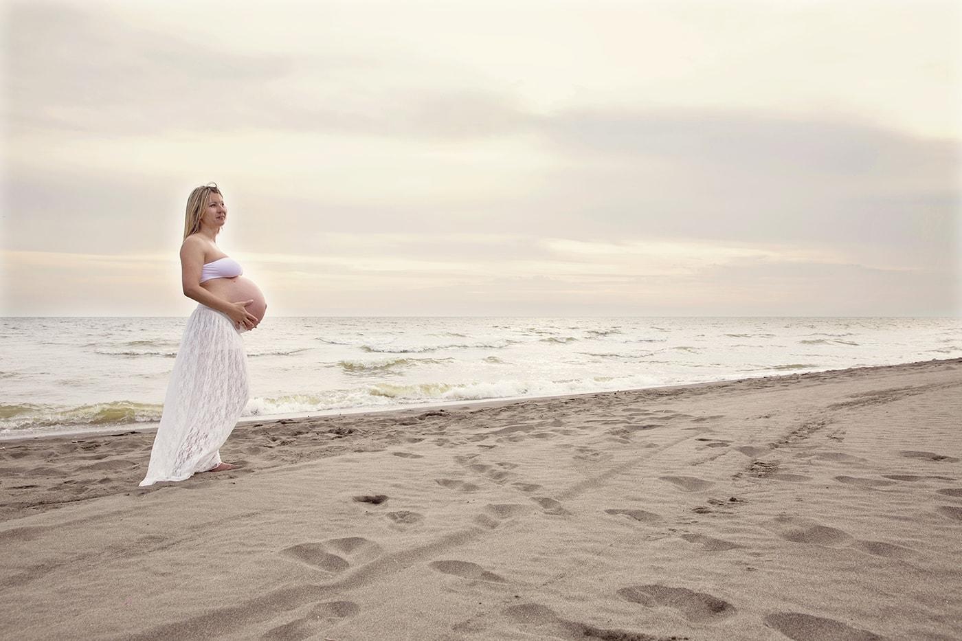 Servizi fotografici di gravidanza a Roma