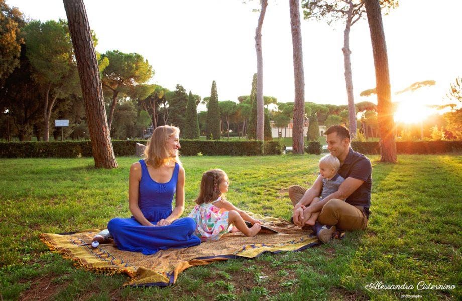 Servizi fotografici di famiglia | Un servizio al tramonto a Villa Borghese